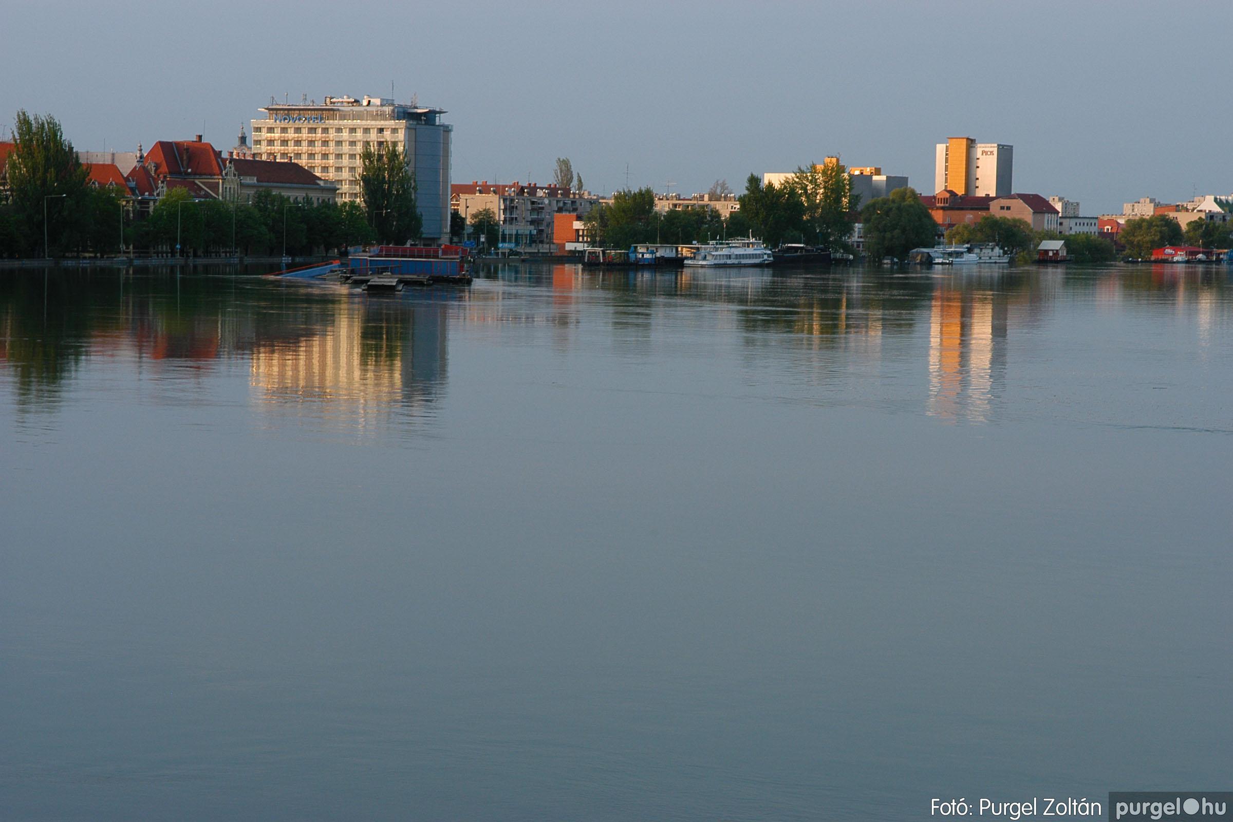 2006.04.26. 012 A Tisza Mártélynál és Szegednél - Fotó:PURGEL ZOLTÁN© DSC_0022q.jpg