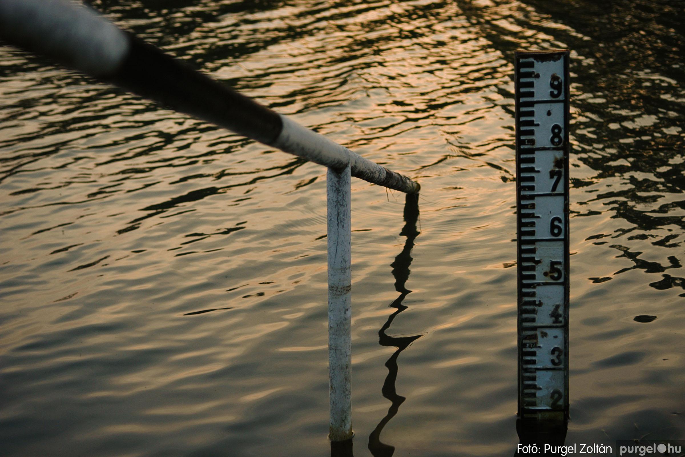 2006.04.29. 018 Tisza áradás - Fotó:PURGEL ZOLTÁN© DSC_0053q.jpg