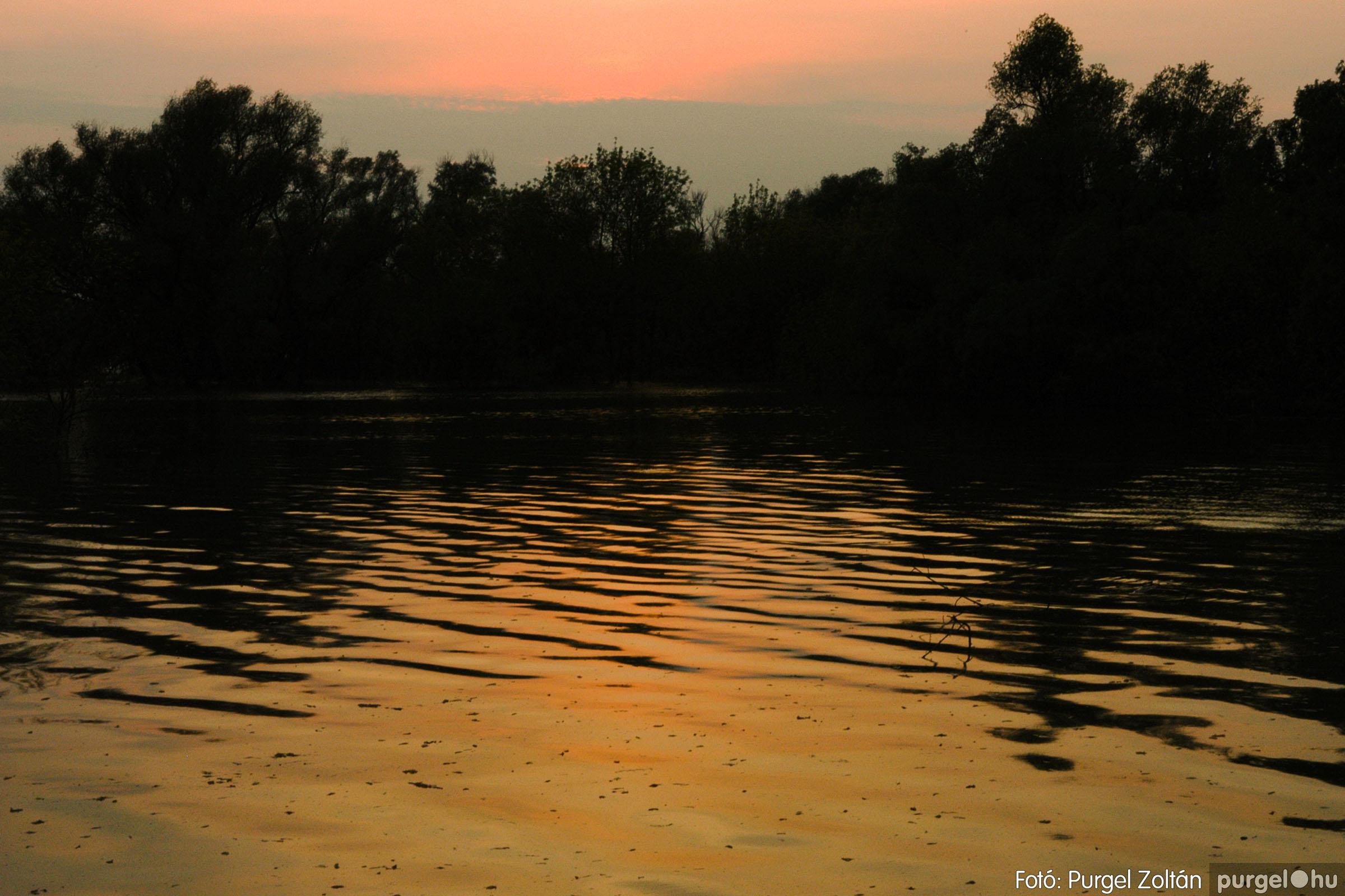 2006.04.29. 014 Tisza áradás - Fotó:PURGEL ZOLTÁN© DSC_0044q.jpg
