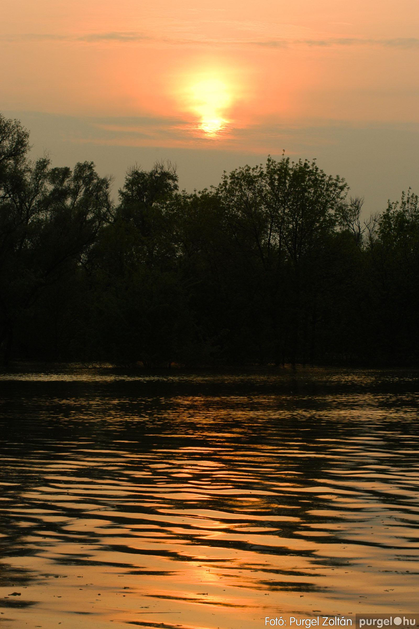 2006.04.29. 006 Tisza áradás - Fotó:PURGEL ZOLTÁN© DSC_0030q.jpg
