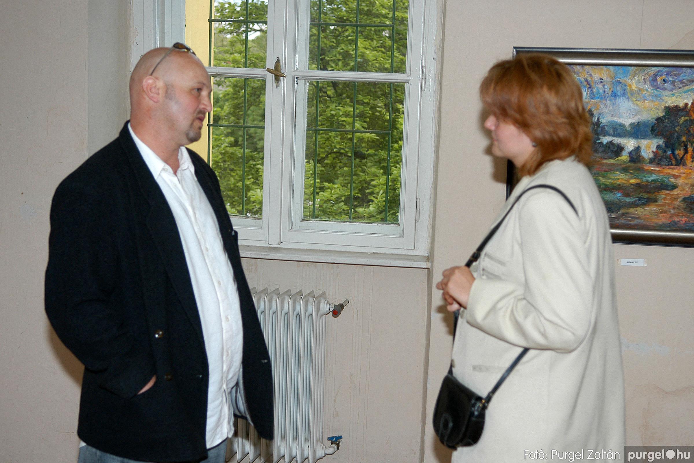 2006.04.30. 036 Virók Csilla festőművész kiállítása - Fotó:PURGEL ZOLTÁN© DSC_0044q.jpg