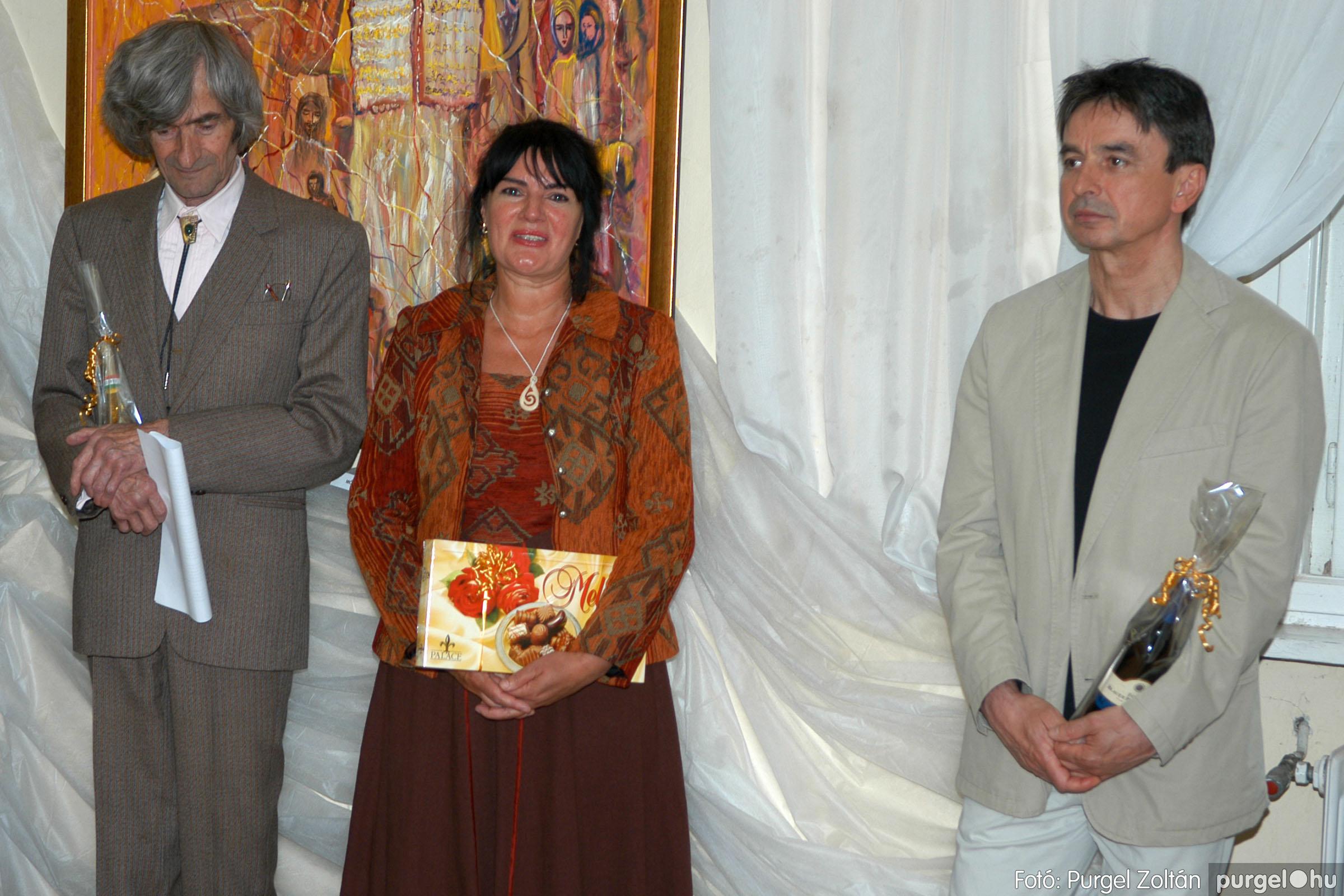 2006.04.30. 034 Virók Csilla festőművész kiállítása - Fotó:PURGEL ZOLTÁN© DSC_0041q.jpg