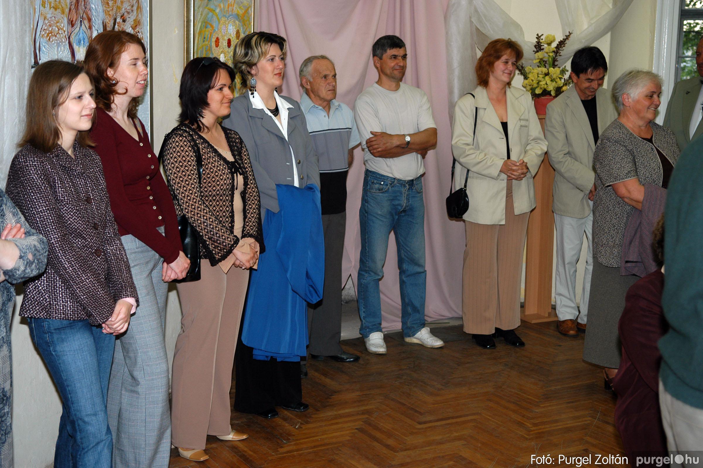 2006.04.30. 009 Virók Csilla festőművész kiállítása - Fotó:PURGEL ZOLTÁN© DSC_0011q.jpg