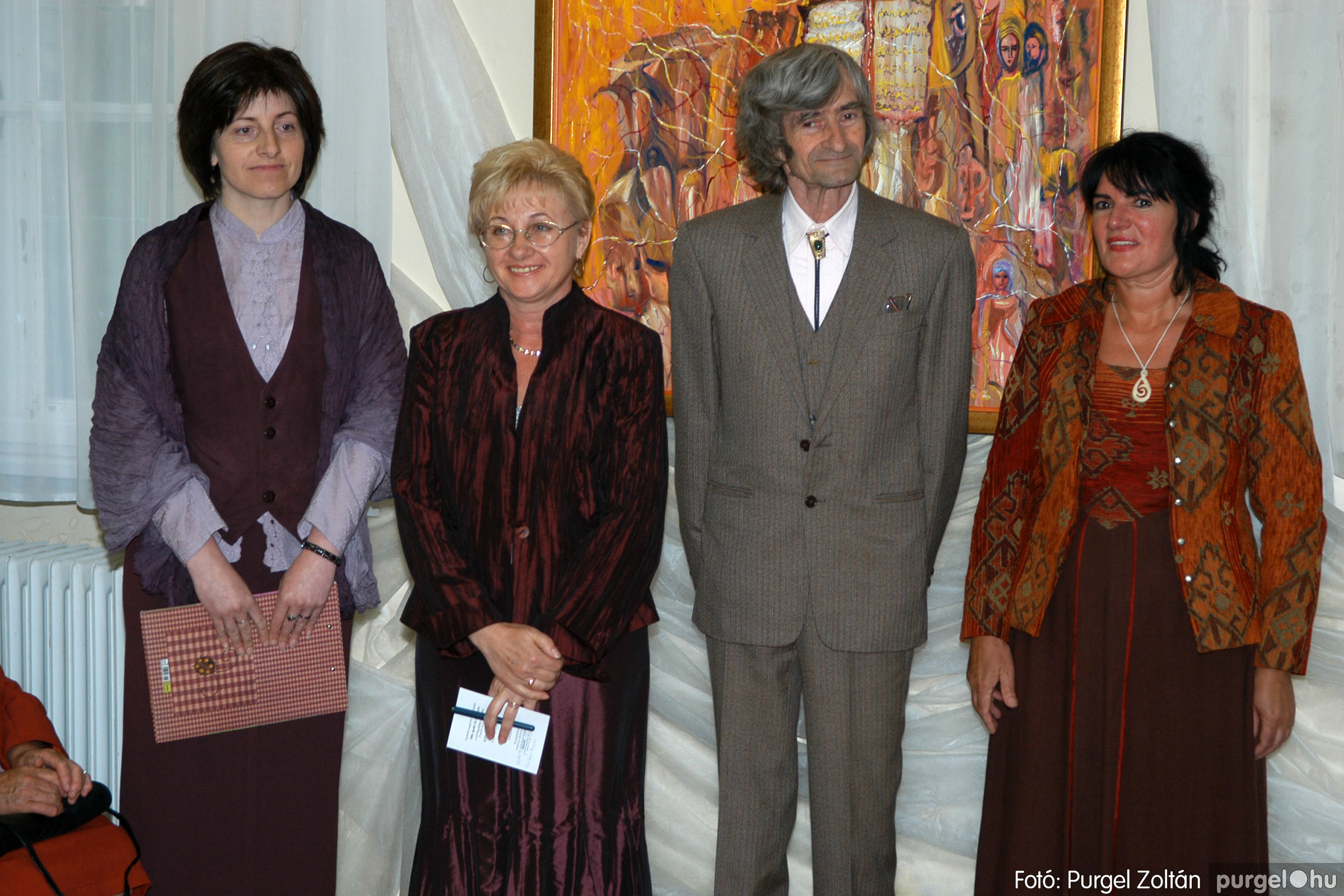 2006.04.30. 004 Virók Csilla festőművész kiállítása - Fotó:PURGEL ZOLTÁN© DSC_0005q.jpg