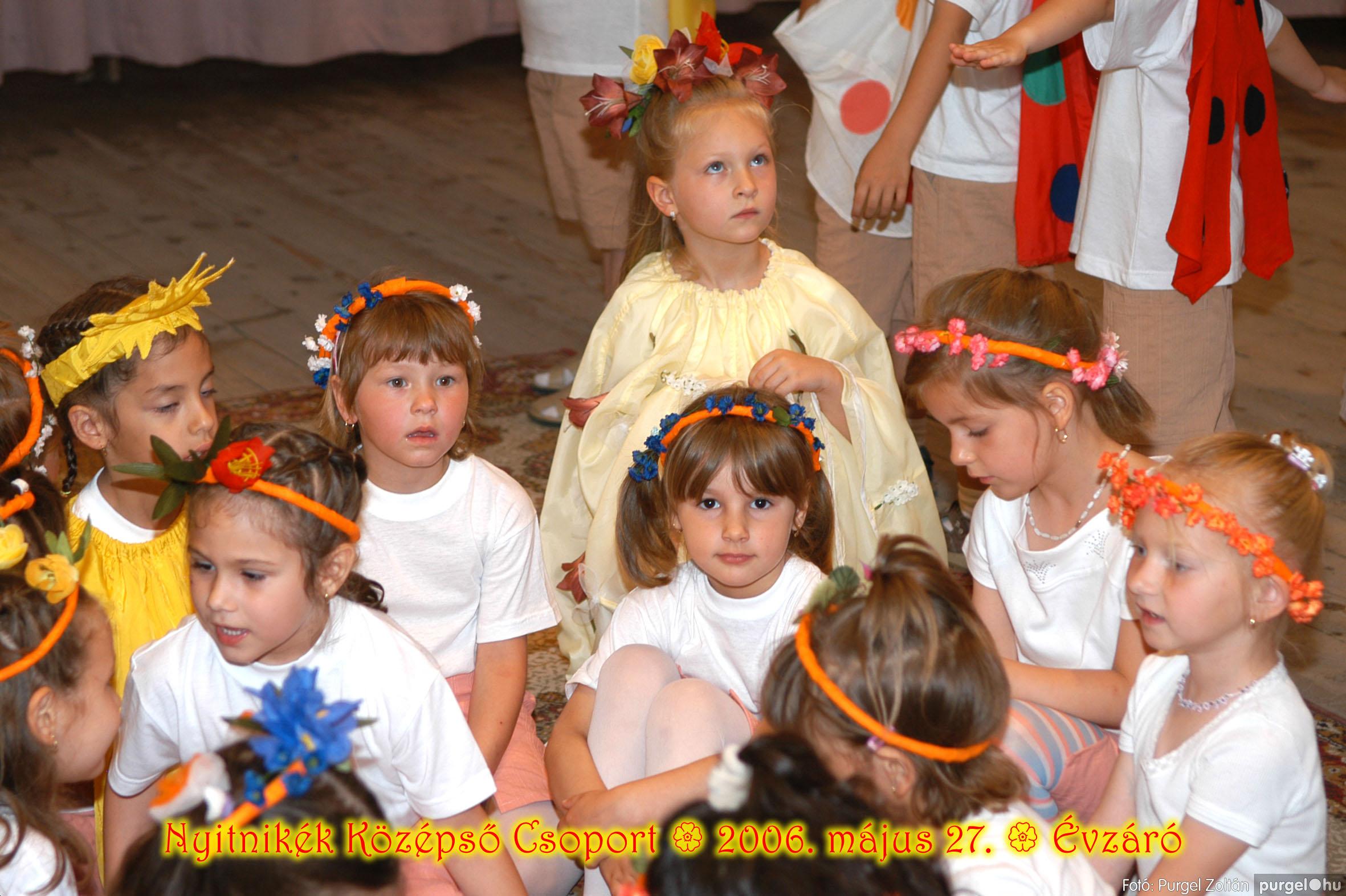 2006.05.27. 161 Kurca-parti Óvoda évzáró 2006. - Nyitnikék csoport - Fotó:PURGEL ZOLTÁN© 529.jpg