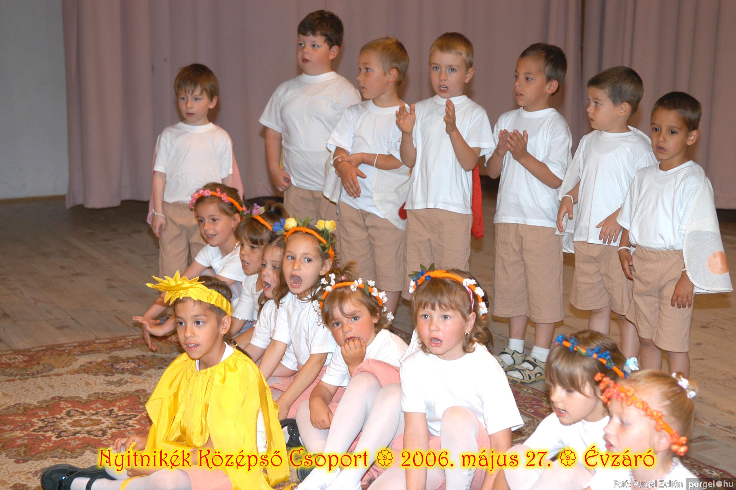 2006.05.27. 154 Kurca-parti Óvoda évzáró 2006. - Nyitnikék csoport - Fotó:PURGEL ZOLTÁN© 522.jpg