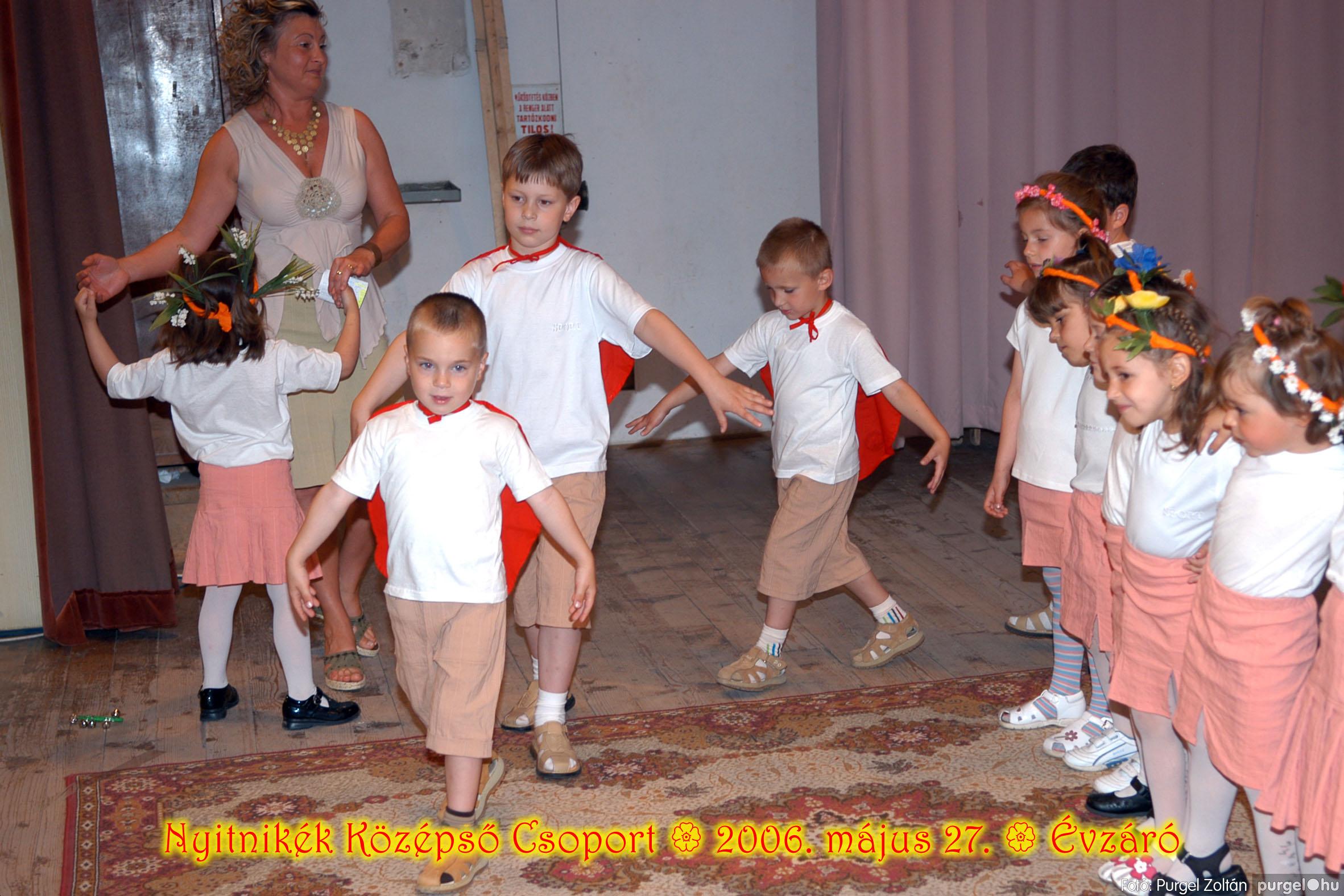 2006.05.27. 150 Kurca-parti Óvoda évzáró 2006. - Nyitnikék csoport - Fotó:PURGEL ZOLTÁN© 518.jpg