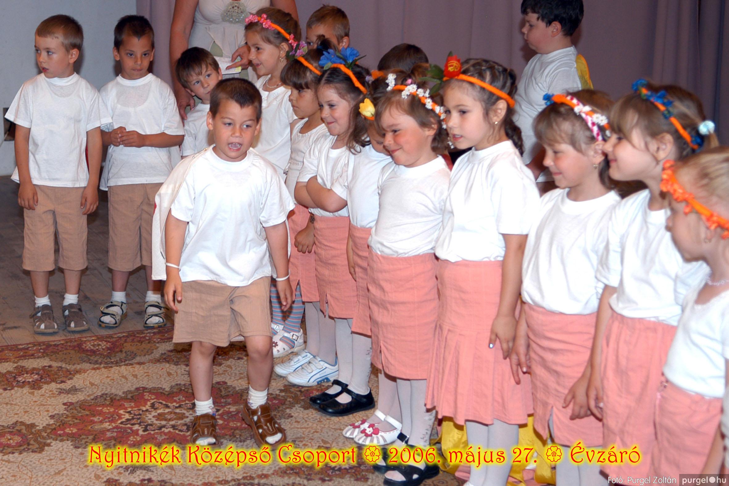 2006.05.27. 145 Kurca-parti Óvoda évzáró 2006. - Nyitnikék csoport - Fotó:PURGEL ZOLTÁN© 513.jpg
