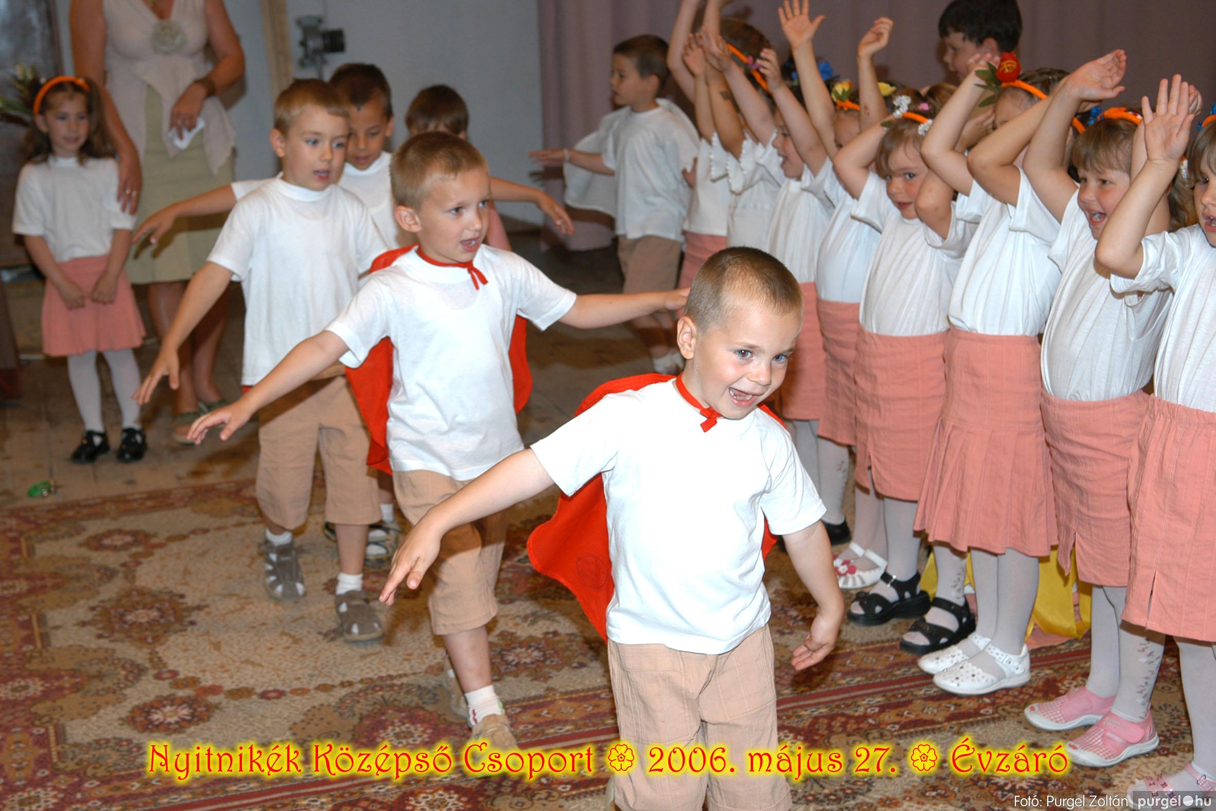 2006.05.27. 142 Kurca-parti Óvoda évzáró 2006. - Nyitnikék csoport - Fotó:PURGEL ZOLTÁN© 510.jpg