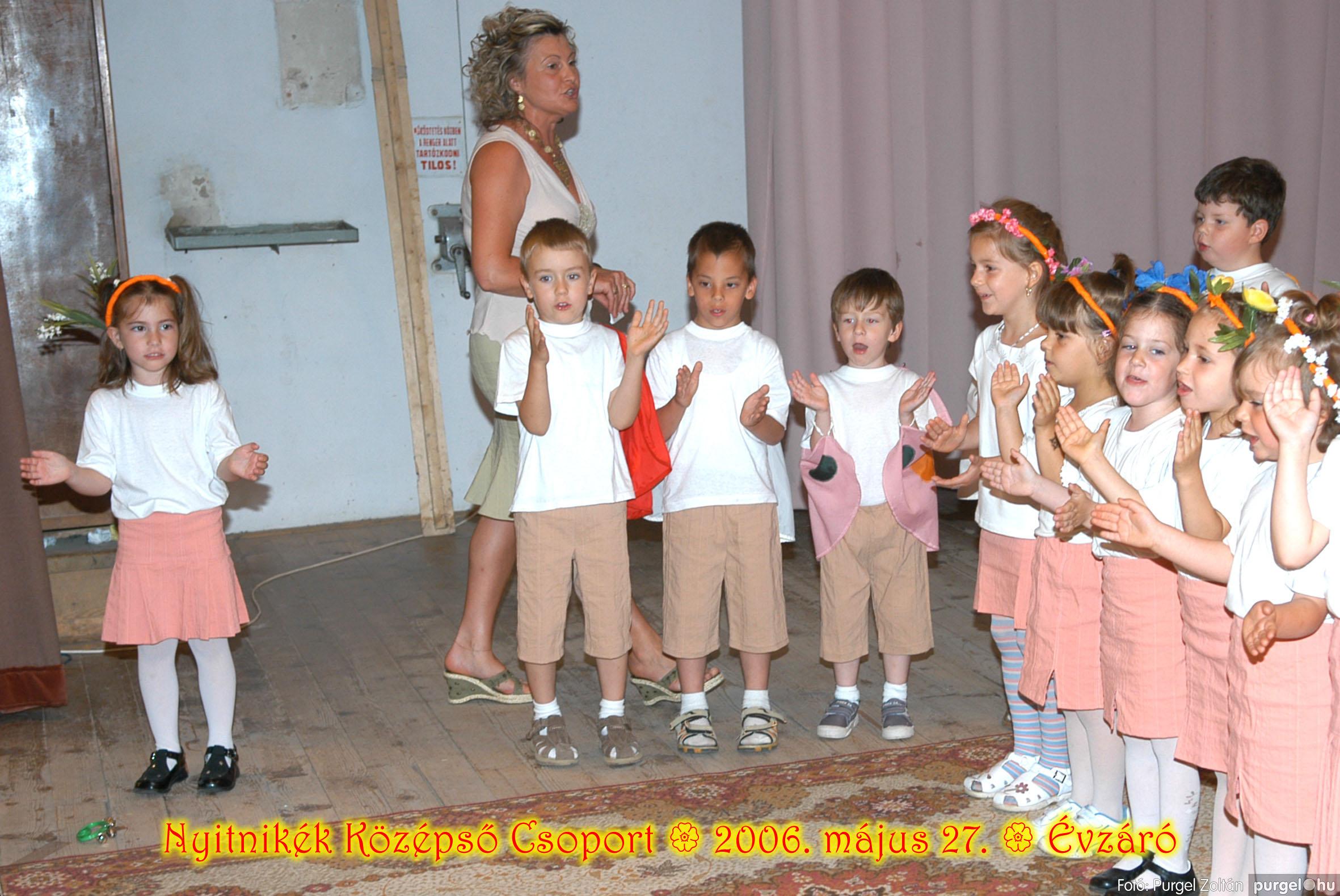 2006.05.27. 138 Kurca-parti Óvoda évzáró 2006. - Nyitnikék csoport - Fotó:PURGEL ZOLTÁN© 506.jpg