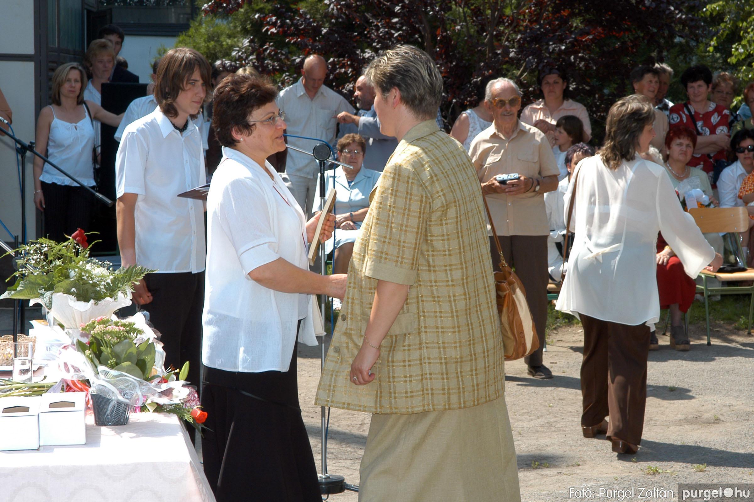 2006.06.17. 116 Forray Máté Általános Iskola ballagás 2006. - Fotó:PURGEL ZOLTÁN© DSC_0152q.jpg