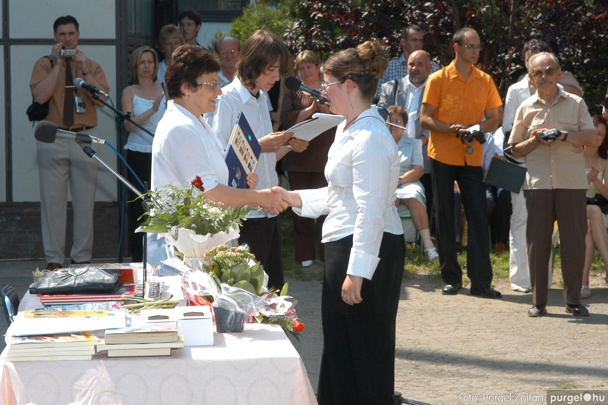 2006.06.17. 108 Forray Máté Általános Iskola ballagás 2006. - Fotó:PURGEL ZOLTÁN© DSC_0139q.jpg