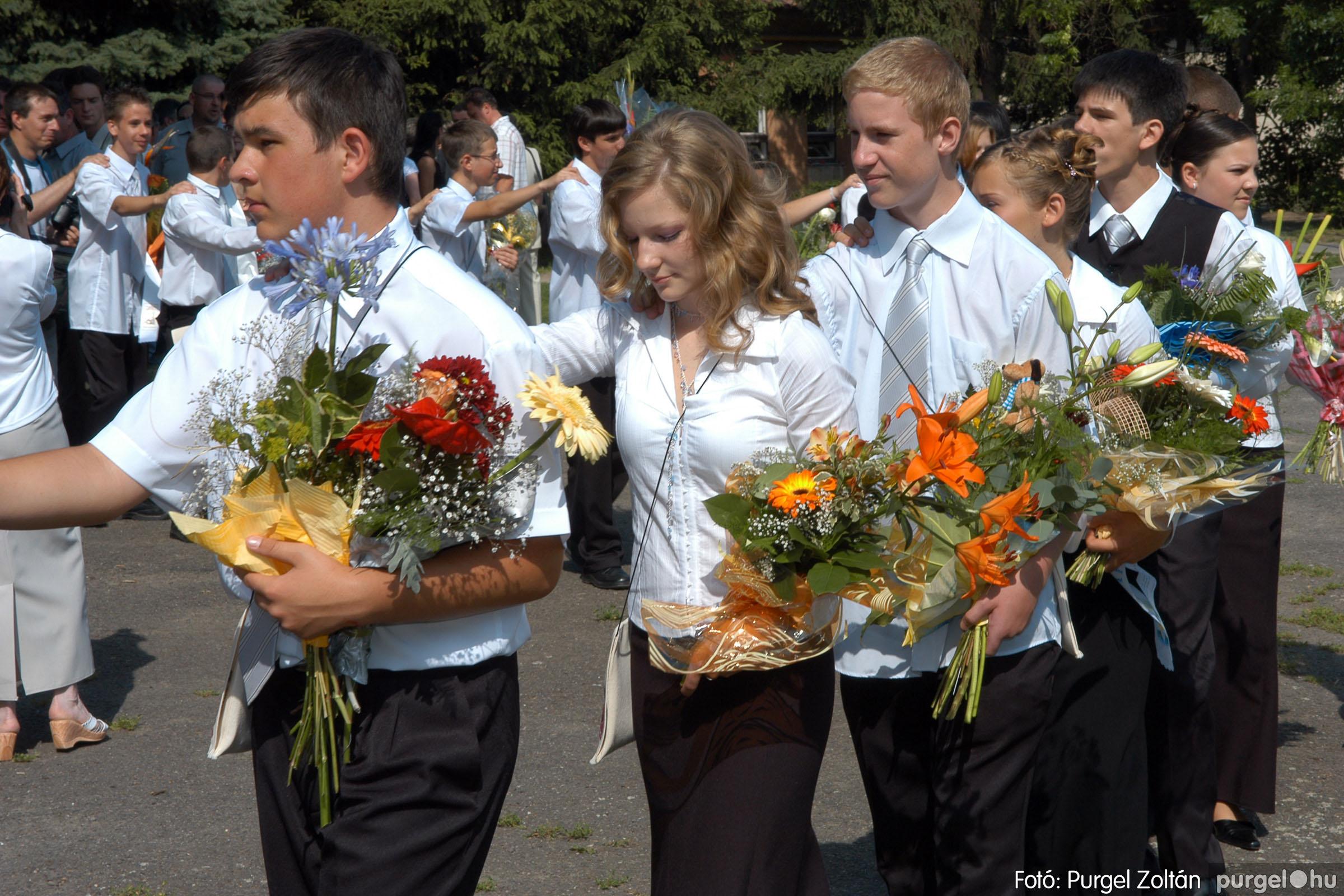 2006.06.17. 042 Forray Máté Általános Iskola ballagás 2006. - Fotó:PURGEL ZOLTÁN© DSC_0060q.jpg
