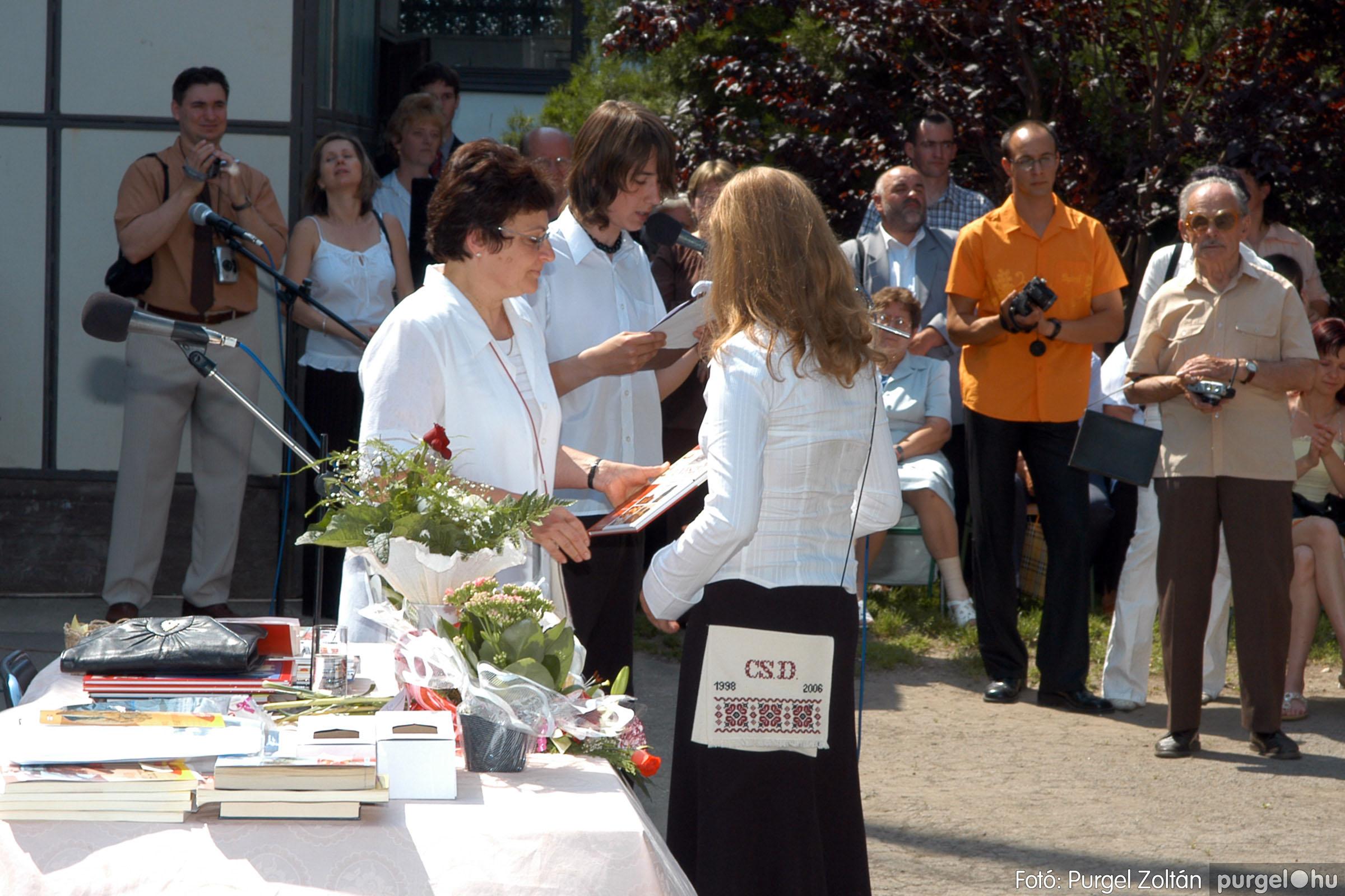 2006.06.17. 112 Forray Máté Általános Iskola ballagás 2006. - Fotó:PURGEL ZOLTÁN© DSC_0148q.jpg