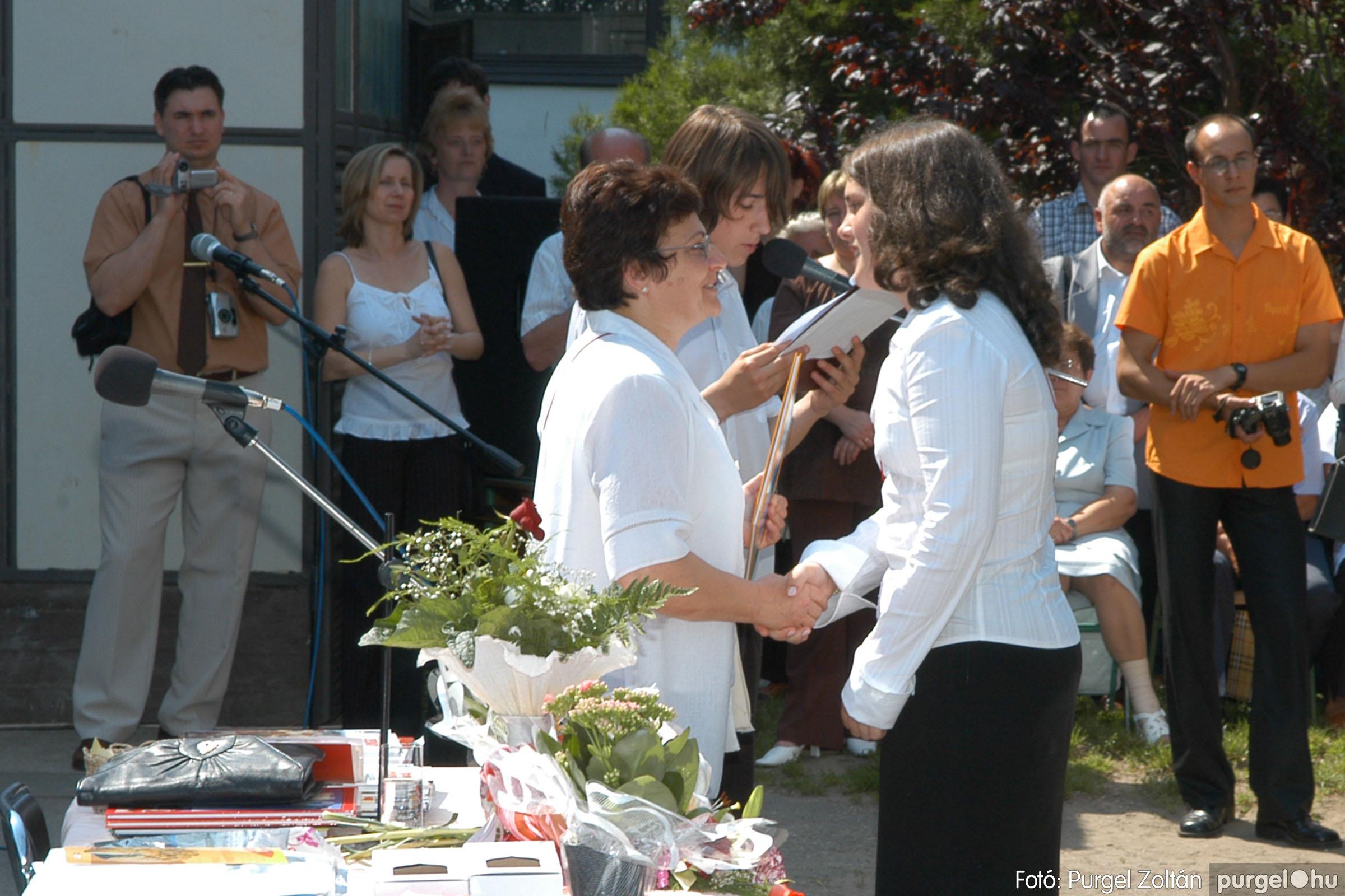 2006.06.17. 109 Forray Máté Általános Iskola ballagás 2006. - Fotó:PURGEL ZOLTÁN© DSC_0140q.jpg