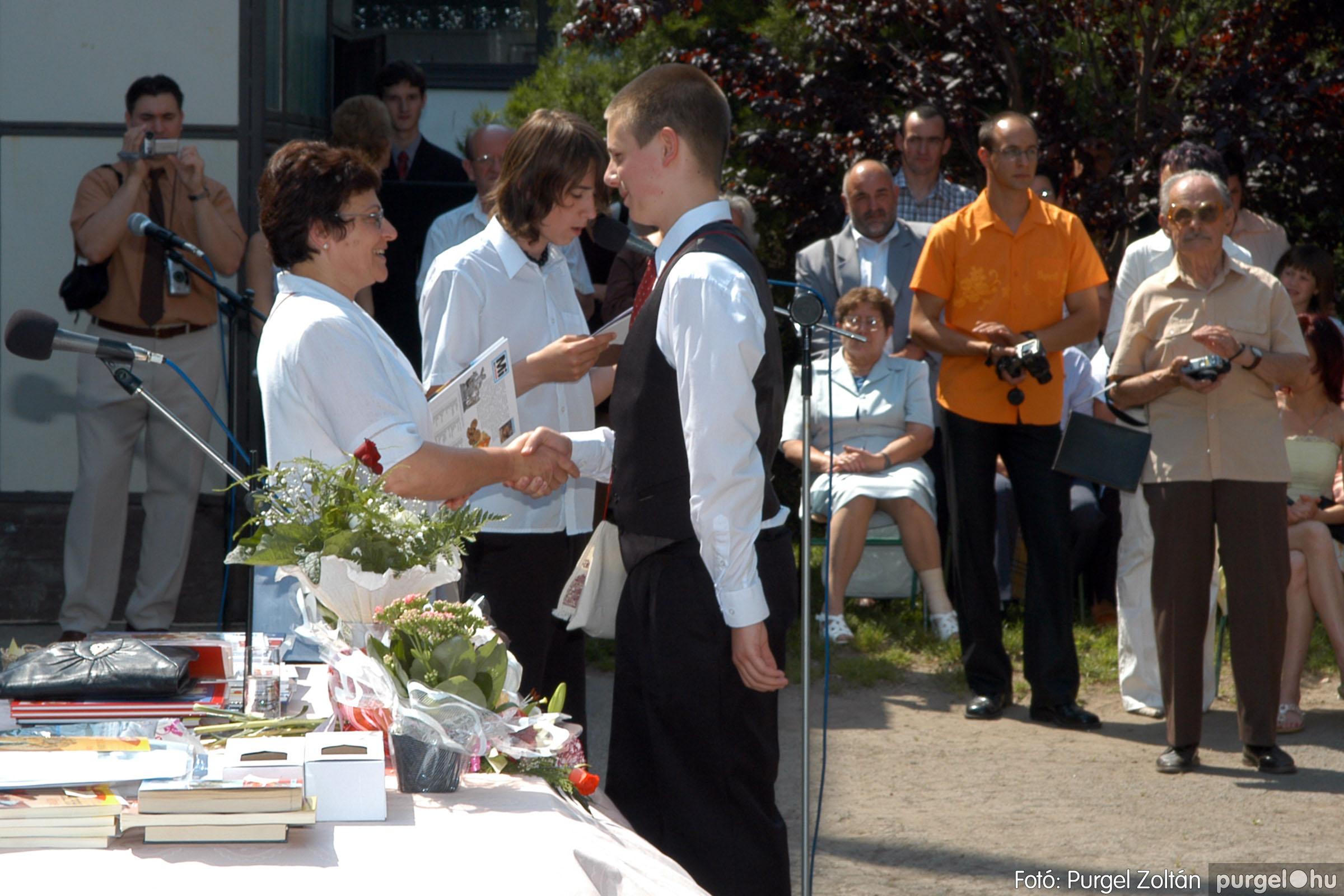 2006.06.17. 107 Forray Máté Általános Iskola ballagás 2006. - Fotó:PURGEL ZOLTÁN© DSC_0138q.jpg