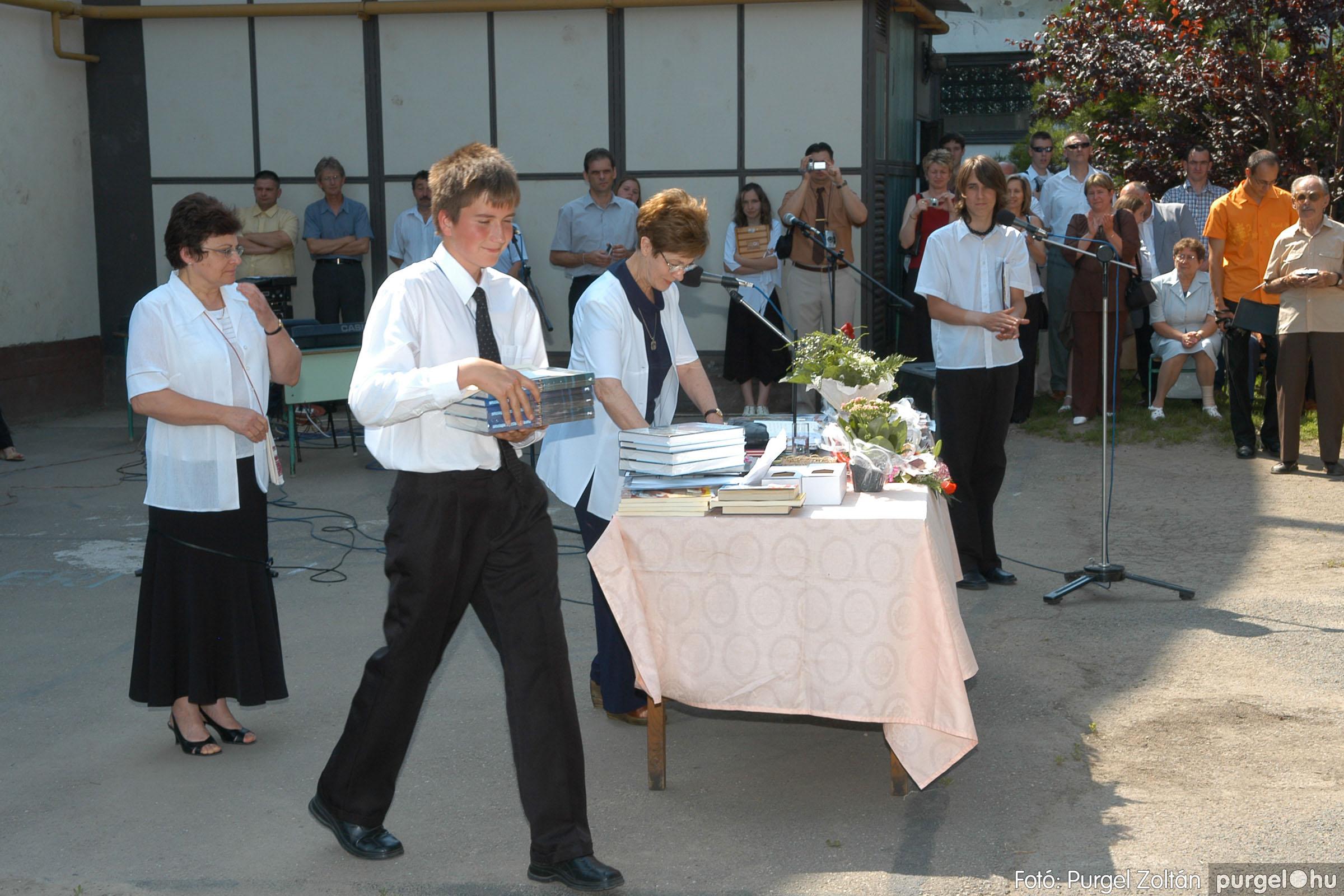 2006.06.17. 090 Forray Máté Általános Iskola ballagás 2006. - Fotó:PURGEL ZOLTÁN© DSC_0114q.jpg