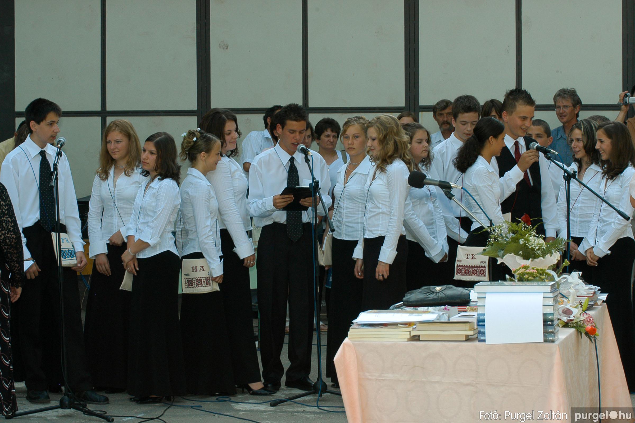 2006.06.17. 069 Forray Máté Általános Iskola ballagás 2006. - Fotó:PURGEL ZOLTÁN© DSC_0090q.jpg