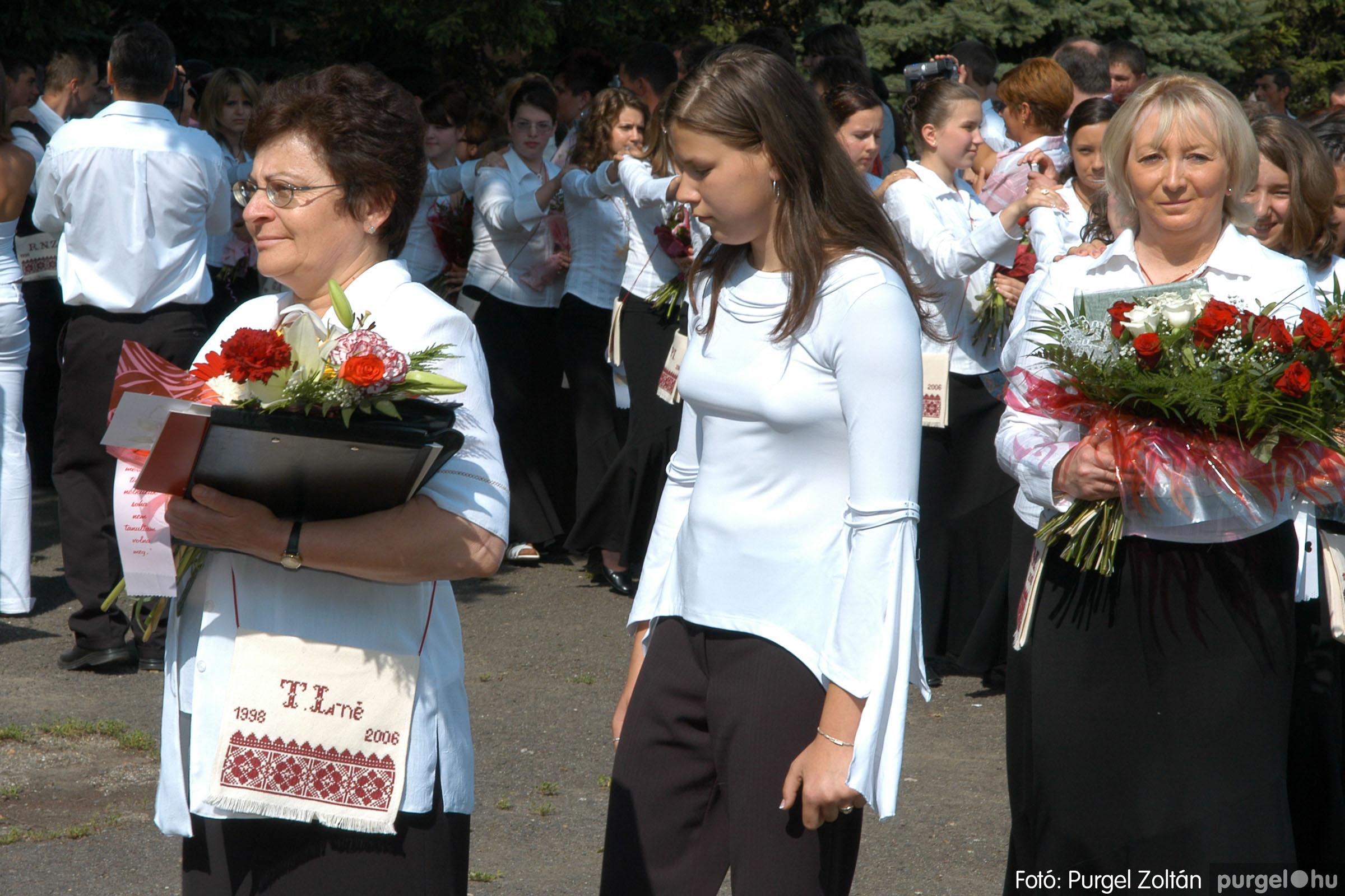 2006.06.17. 033 Forray Máté Általános Iskola ballagás 2006. - Fotó:PURGEL ZOLTÁN© DSC_0051q.jpg