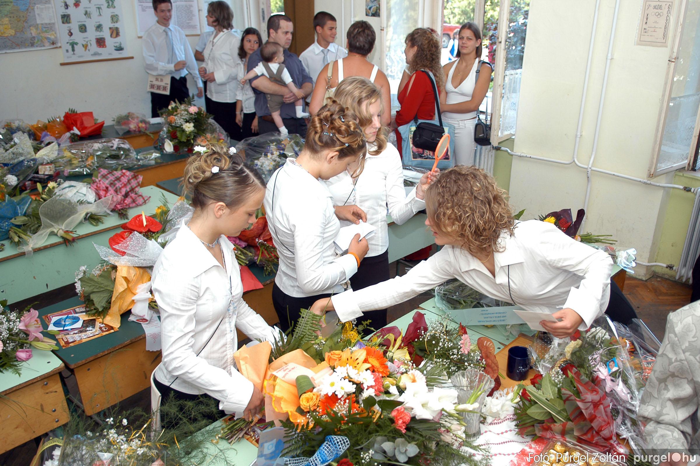 2006.06.17. 004 Forray Máté Általános Iskola ballagás 2006. - Fotó:PURGEL ZOLTÁN© DSC_0008q.jpg