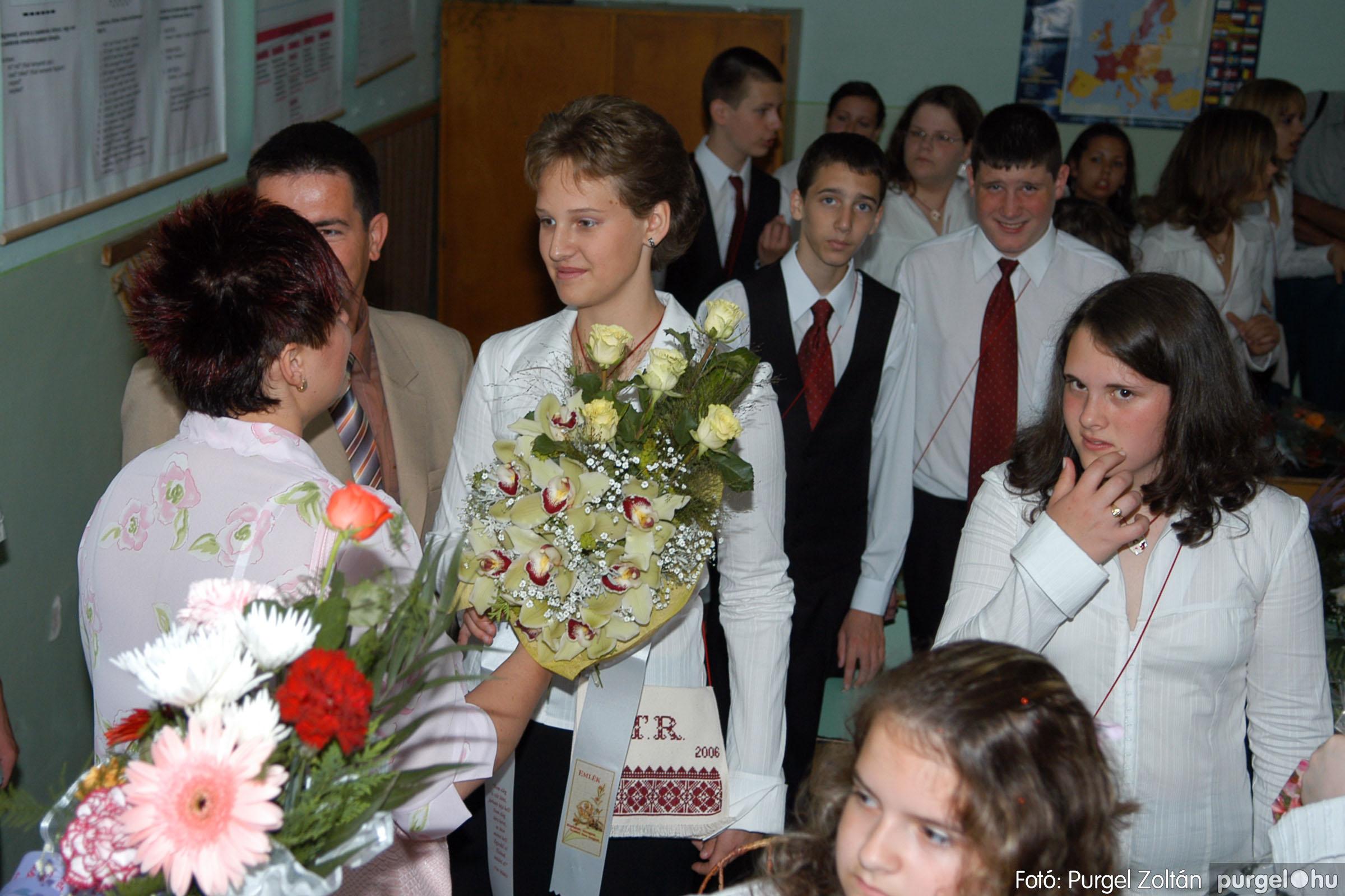 2006.06.17. 001 Forray Máté Általános Iskola ballagás 2006. - Fotó:PURGEL ZOLTÁN© DSC_0004q.jpg