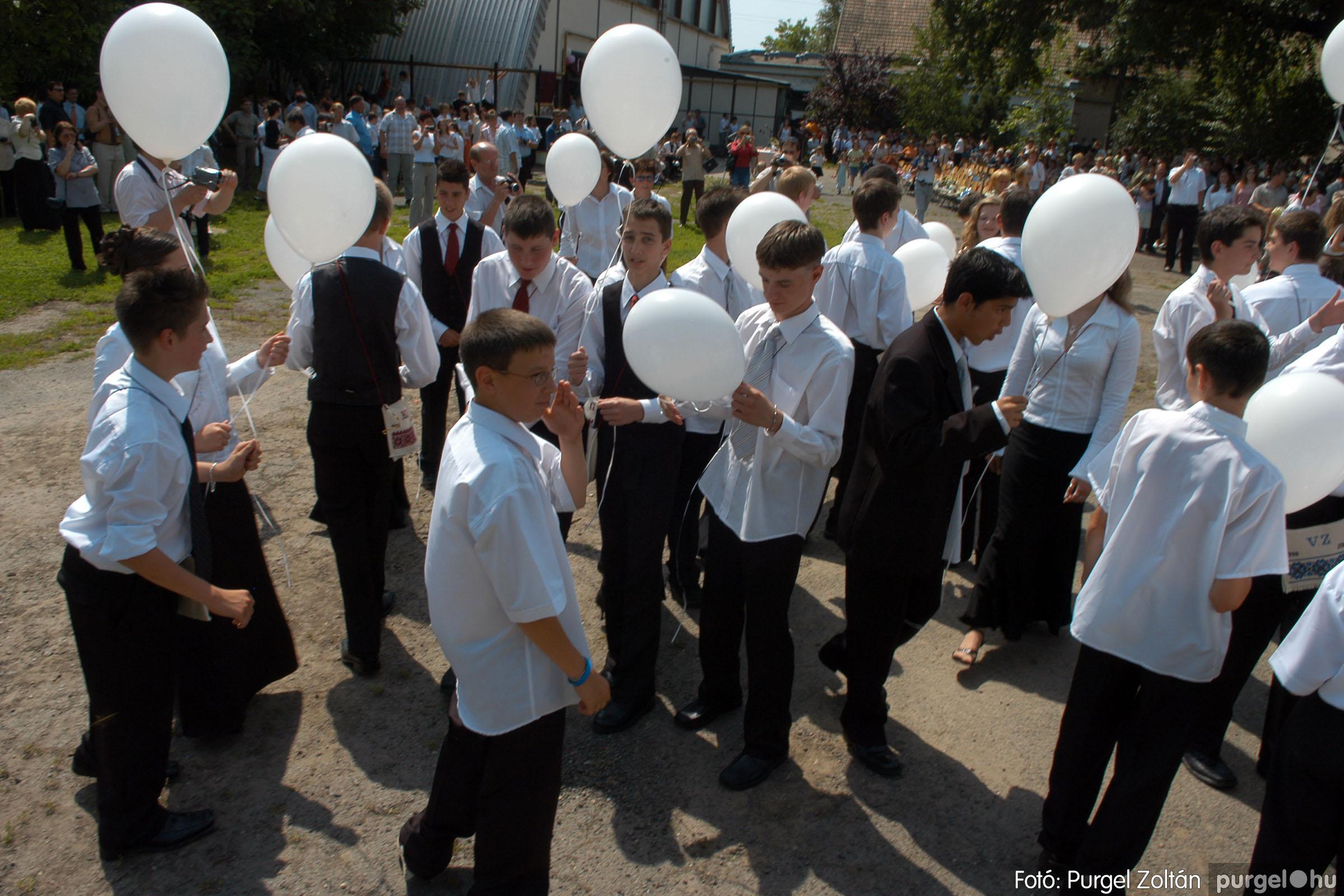 2006.06.17. 126 Forray Máté Általános Iskola ballagás 2006. - Fotó:PURGEL ZOLTÁN© DSC_0169q.jpg