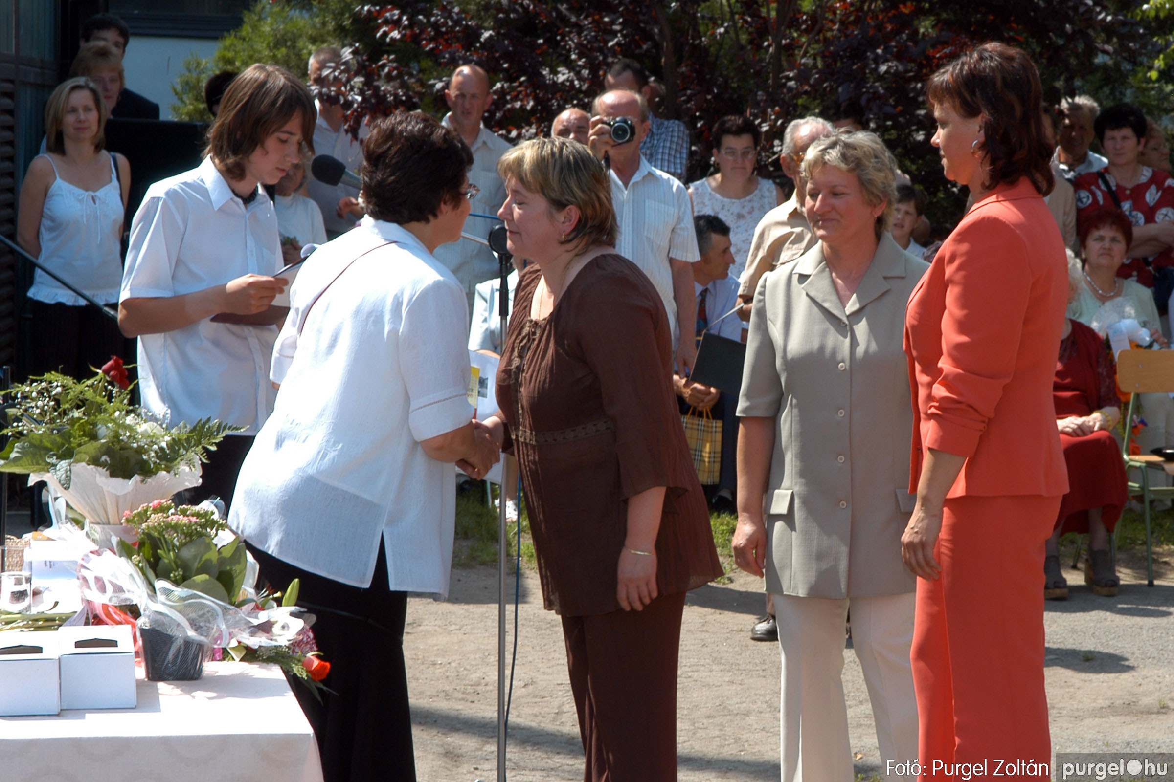 2006.06.17. 117 Forray Máté Általános Iskola ballagás 2006. - Fotó:PURGEL ZOLTÁN© DSC_0153q.jpg