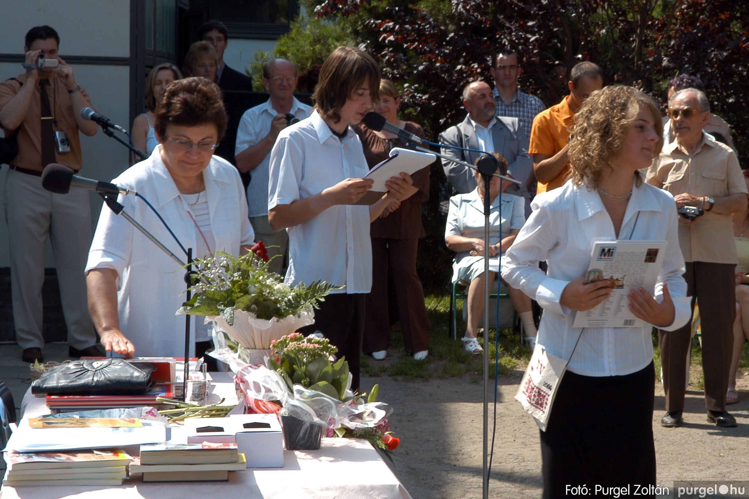 2006.06.17. 111 Forray Máté Általános Iskola ballagás 2006. - Fotó:PURGEL ZOLTÁN© DSC_0147q.jpg