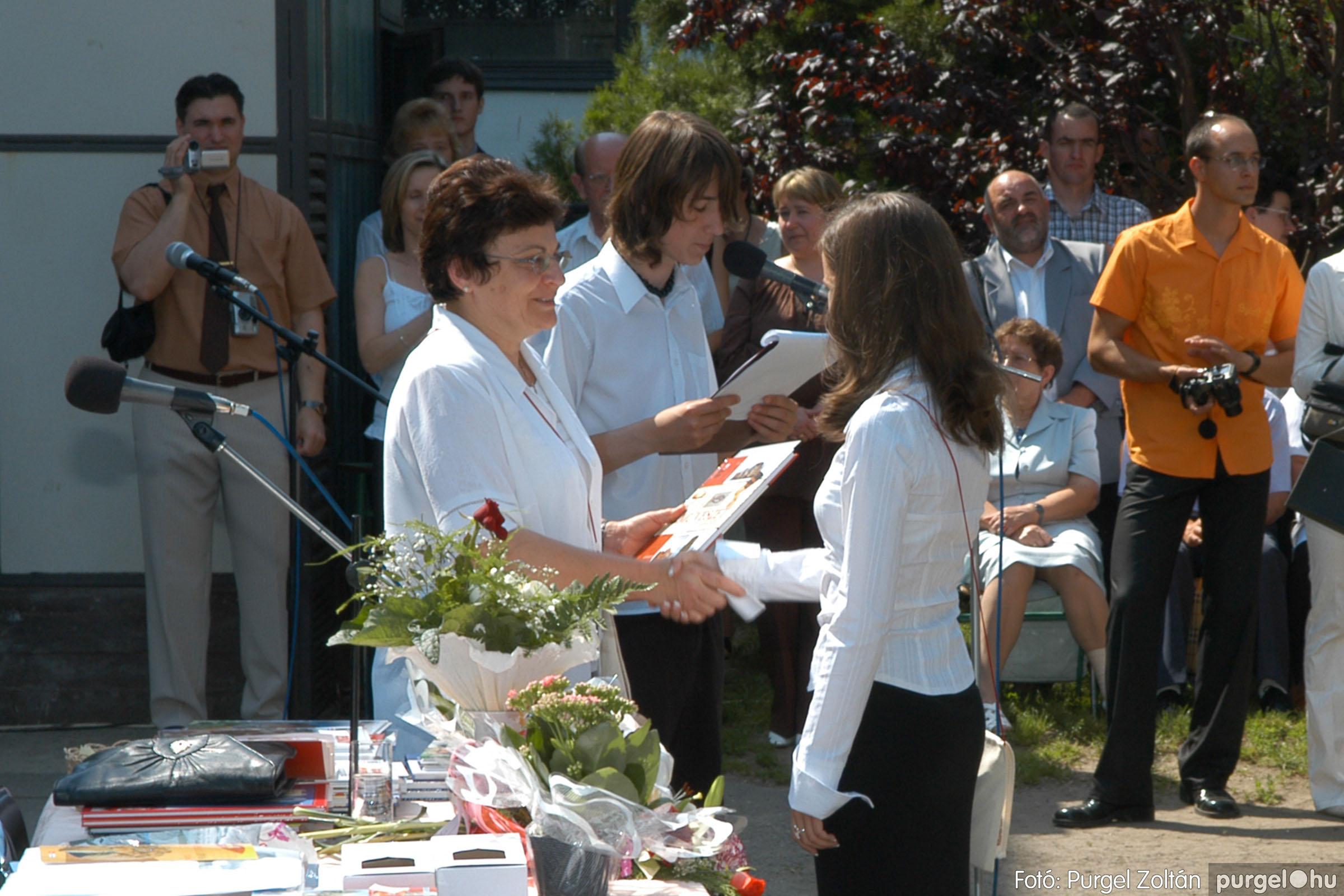 2006.06.17. 101 Forray Máté Általános Iskola ballagás 2006. - Fotó:PURGEL ZOLTÁN© DSC_0131q.jpg