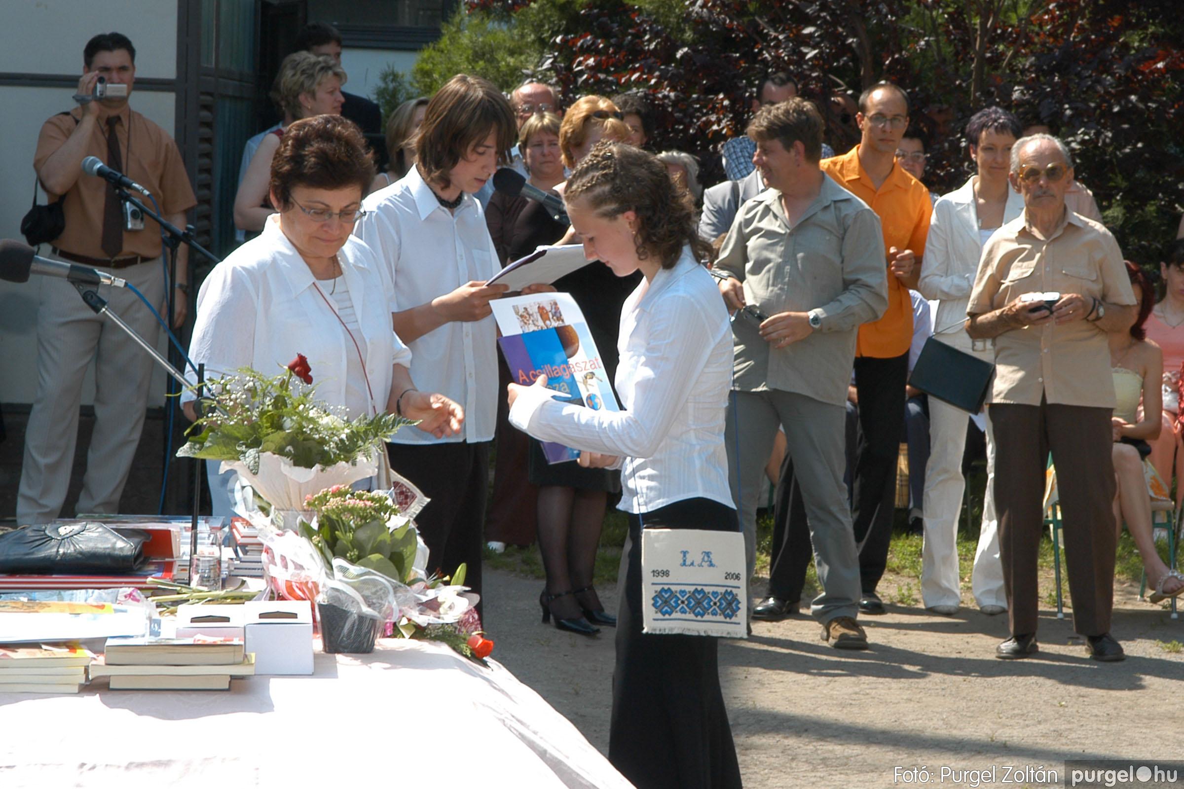 2006.06.17. 097 Forray Máté Általános Iskola ballagás 2006. - Fotó:PURGEL ZOLTÁN© DSC_0126q.jpg