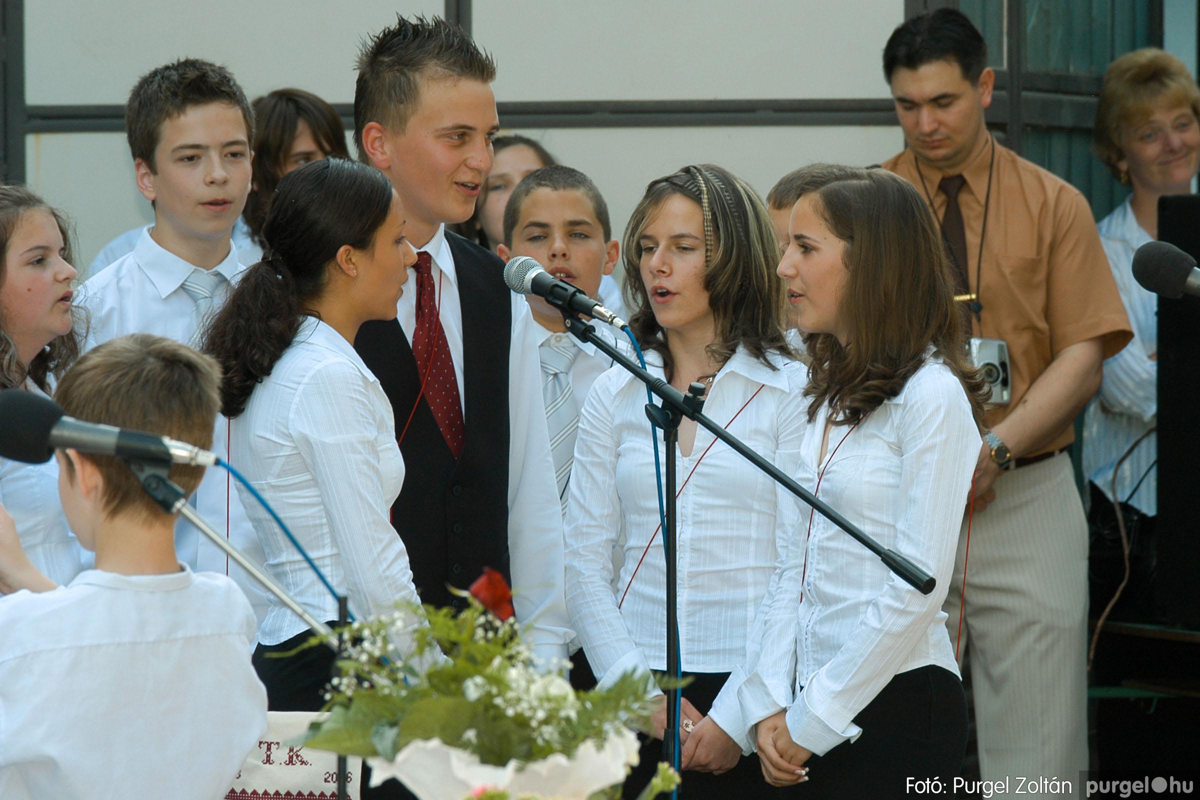 2006.06.17. 073 Forray Máté Általános Iskola ballagás 2006. - Fotó:PURGEL ZOLTÁN© DSC_0094q.jpg