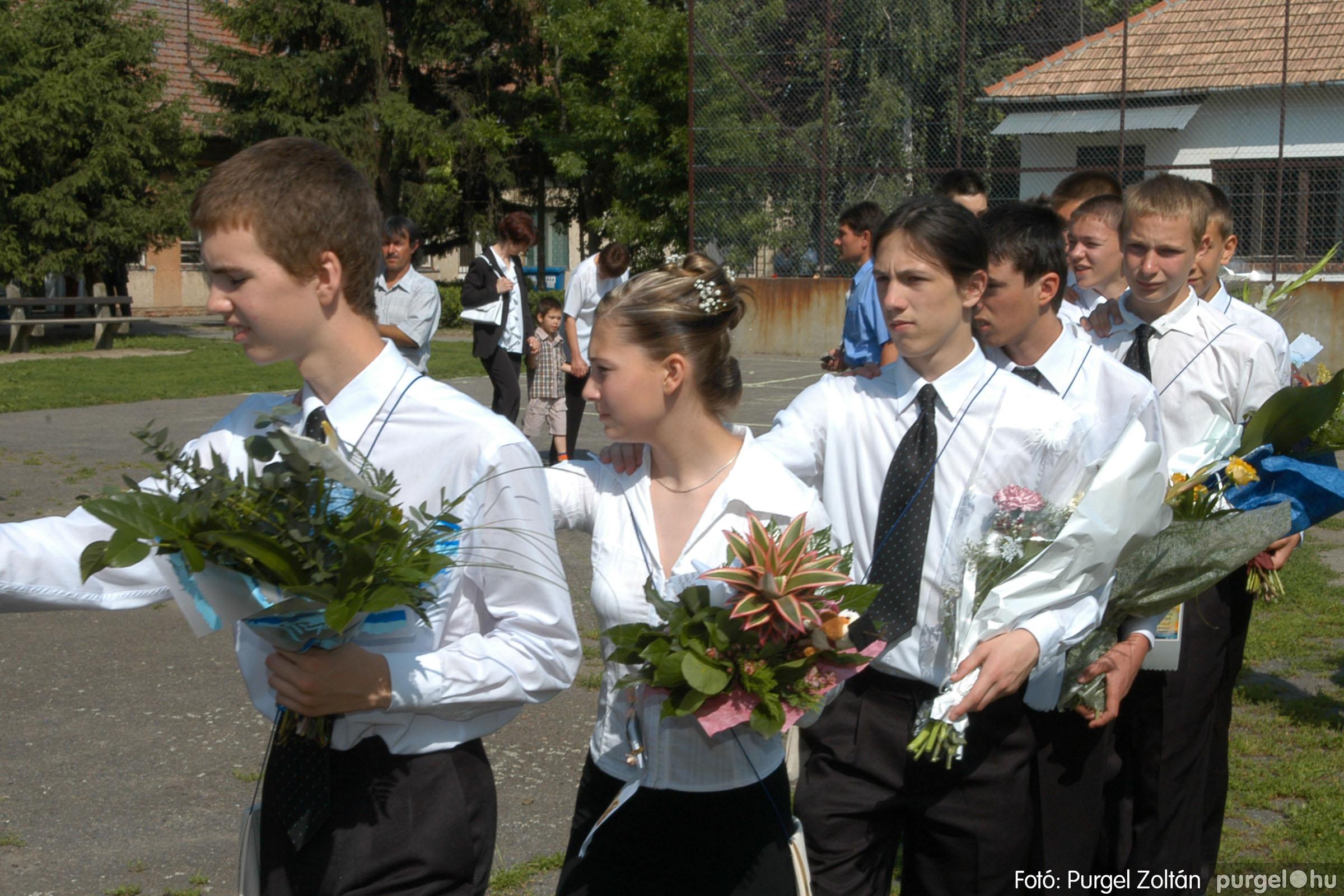 2006.06.17. 049 Forray Máté Általános Iskola ballagás 2006. - Fotó:PURGEL ZOLTÁN© DSC_0068q.jpg