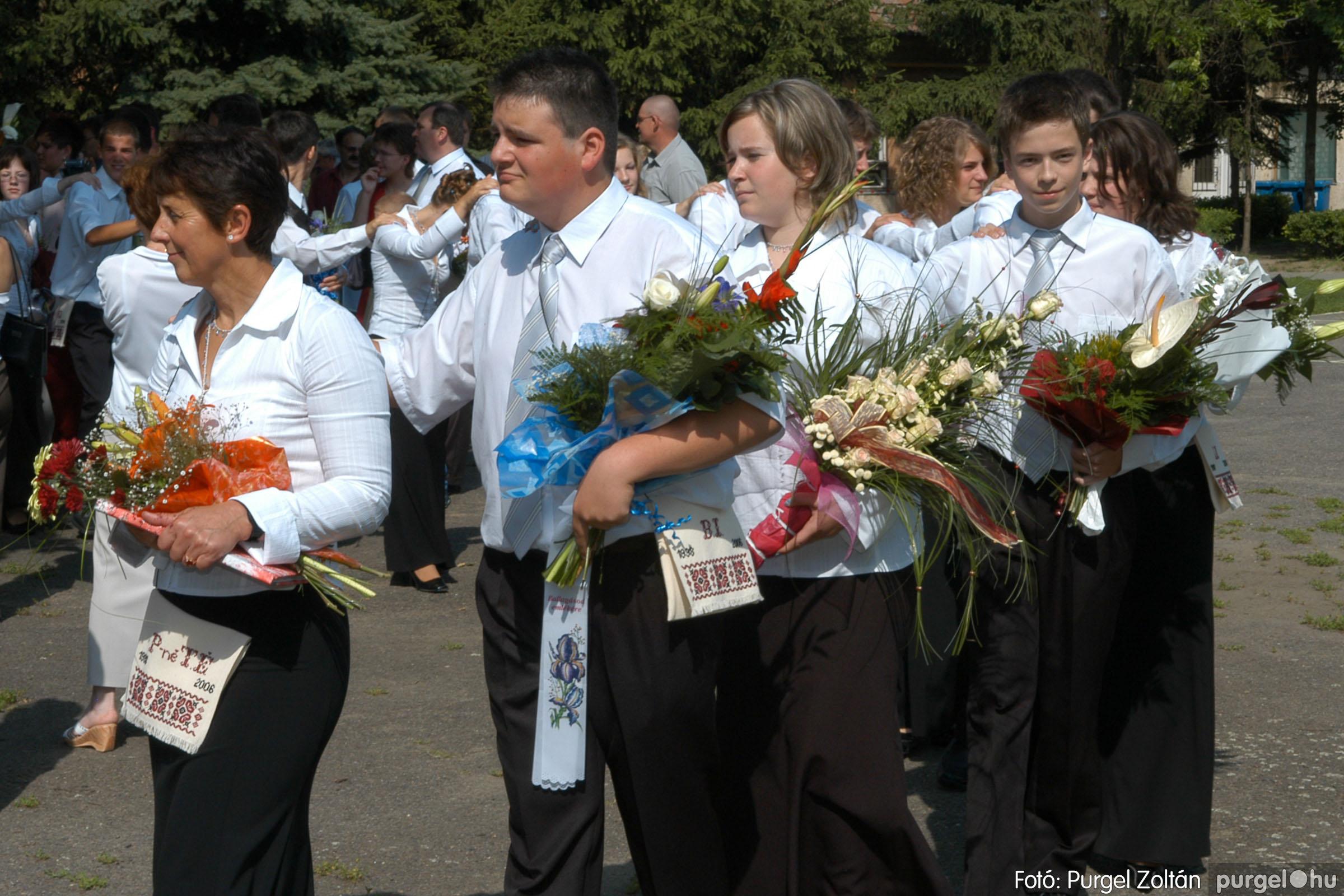 2006.06.17. 040 Forray Máté Általános Iskola ballagás 2006. - Fotó:PURGEL ZOLTÁN© DSC_0058q.jpg