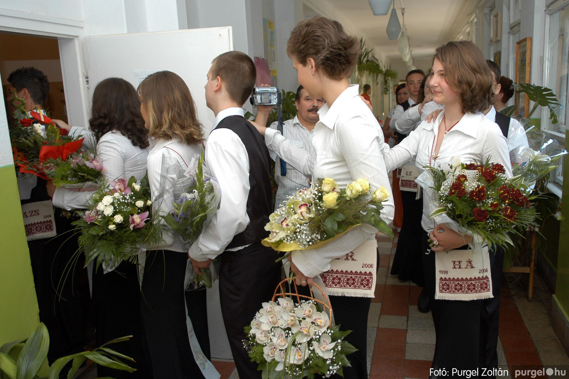 2006.06.17. 016 Forray Máté Általános Iskola ballagás 2006. - Fotó:PURGEL ZOLTÁN© DSC_0021q.jpg