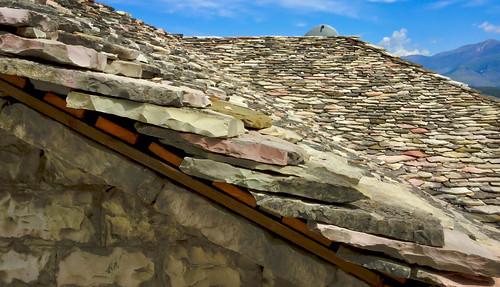 gjirokastër albania albania2019 ipadair2 architecture flagstoneroofcovering