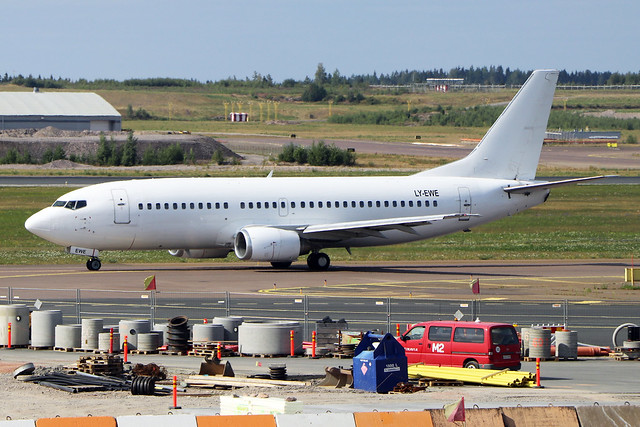 LY-EWE  -  Boeing 737-33R  -  GetJet Airlines  -  HEL/EFHK 1-8-19