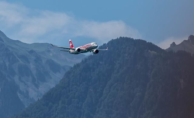 SwissInternational Airbus A220-300 HB-JCA