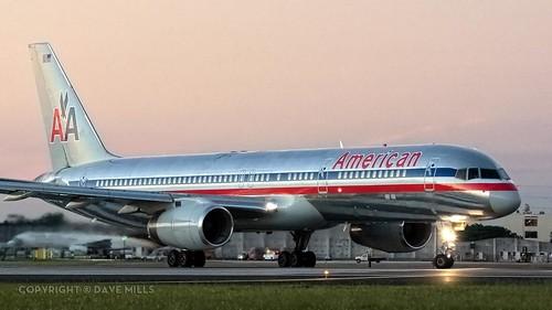 miamiinternational mia kmia americanairlines aa 757 757200 silverbird