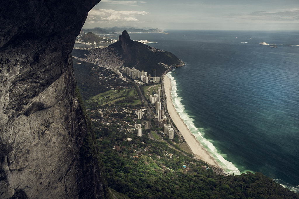 A view of São Conrado beach from Pedra da Gavea, where we can also see Favela da Rocinha and Lagoa Rodrigo de Freitas in Rio de Janeiro, Brazil.
