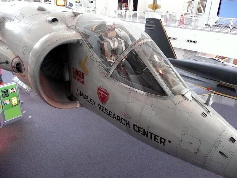 Hawker XV-6A Torenvalk 00100