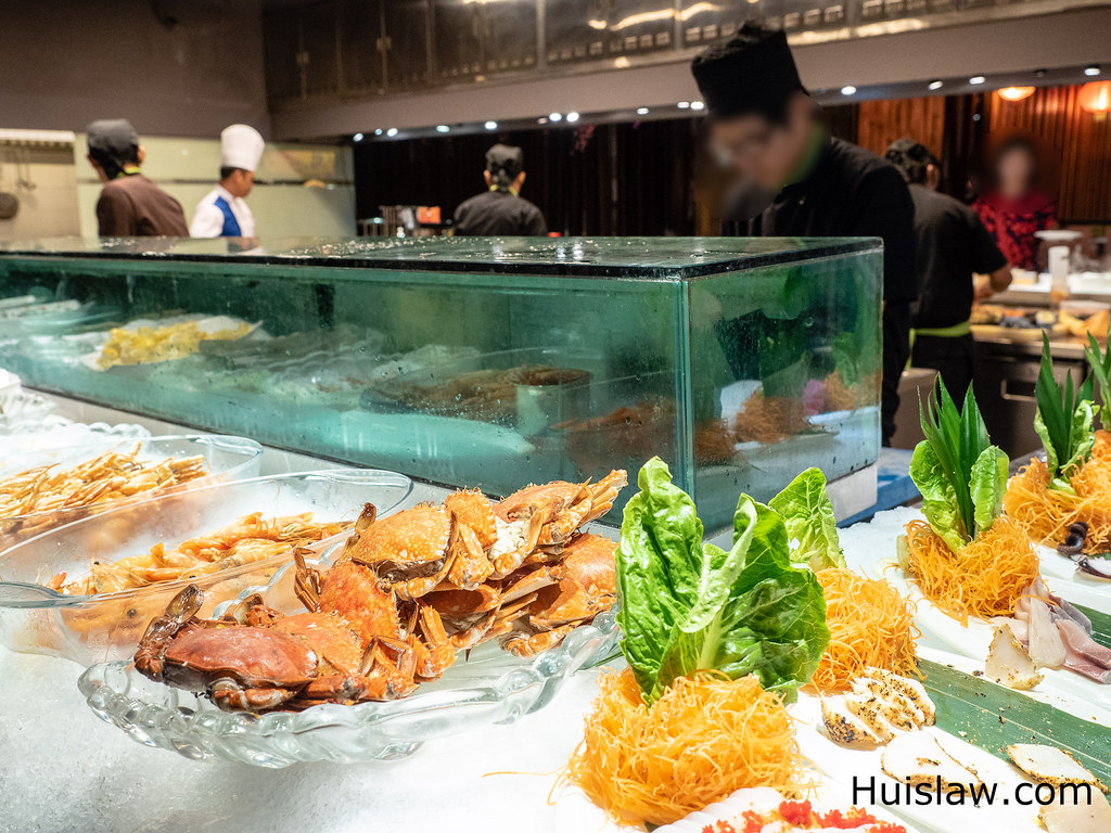 Jogoya Buffet Restaurant's Seafood on ice