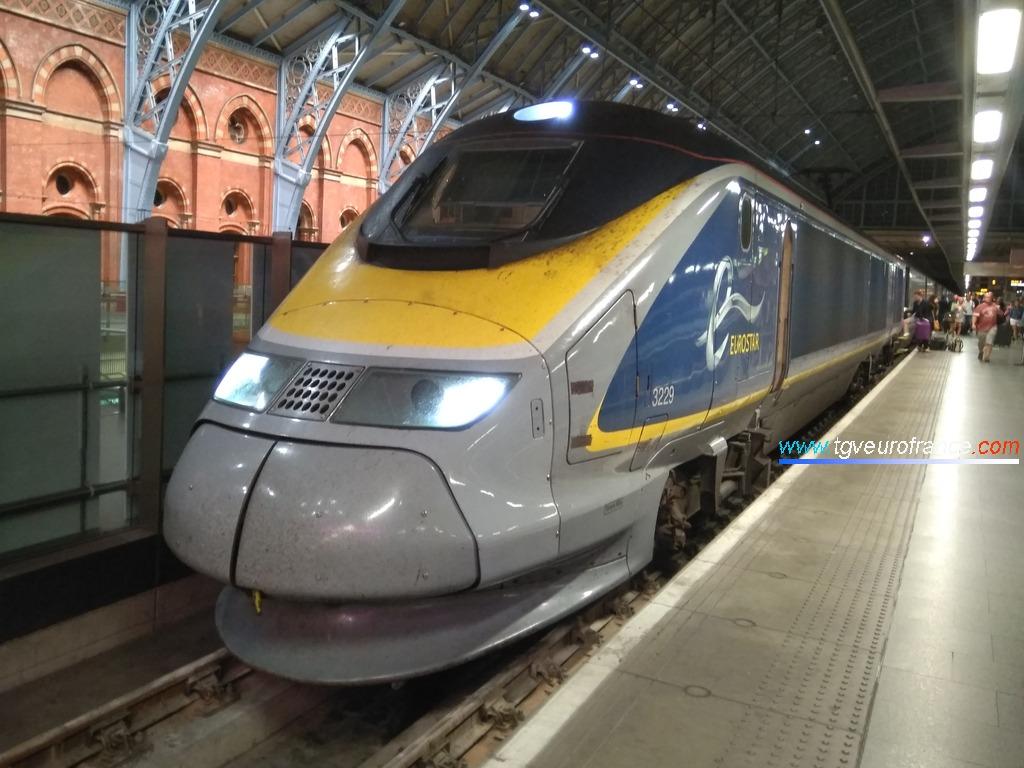 La rame Eurostar 3229 en gare de St Pancras International après avoir assuré la liaison Marseille - Londres le 15 juillet 2019