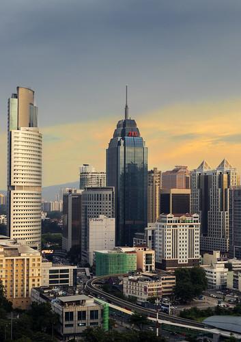 malasia malaysia sunrise amanecer kuala lumpur edificios building rascacielos ciudad city asia sudeste asiatico