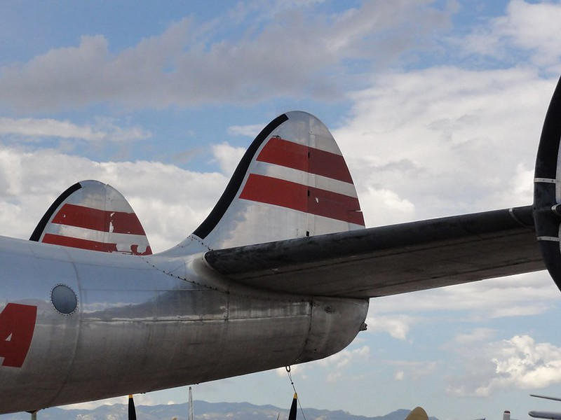 Lockheed L-049 Constellation 00129