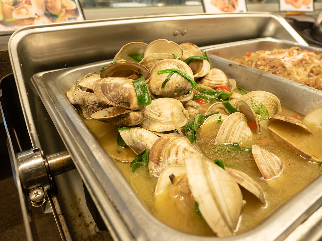 Clam Soup at Chinese food section