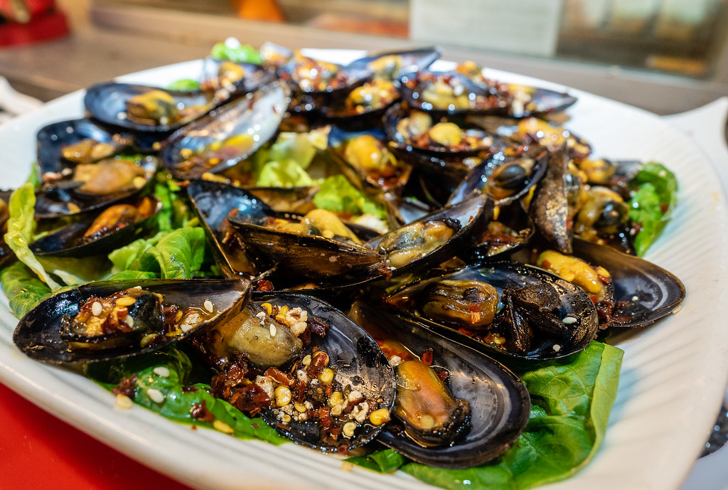Fried spicy mussels at Jogoya Buffet.