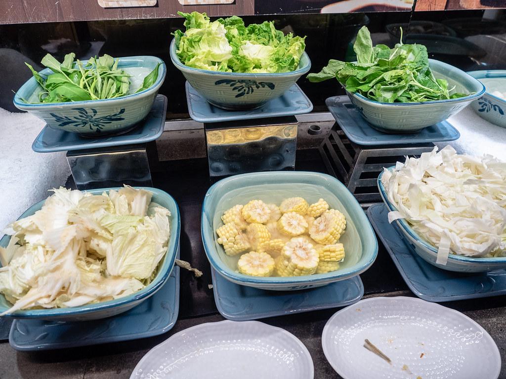Fresh vegetables steamboat ingredients at Jogoya.