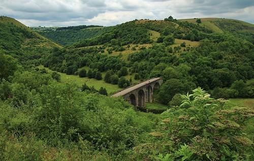 europe england derbyshire monsalhead outdoor landscape viaduct trees beauty simplysuperb