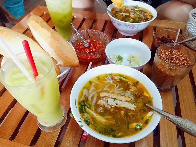 Phượt Đà Nẵng - Top 10 quán bánh canh ăn là thích mê 15