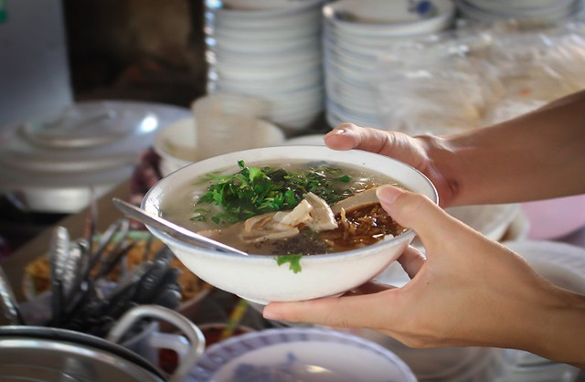 Phượt Đà Nẵng - Top 10 quán bánh canh ăn là thích mê 4